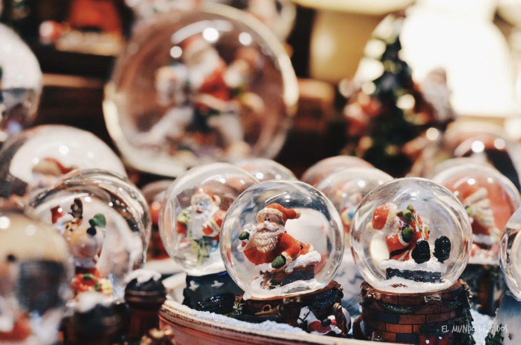 mercados de navidad en alemania. esferas de navidad