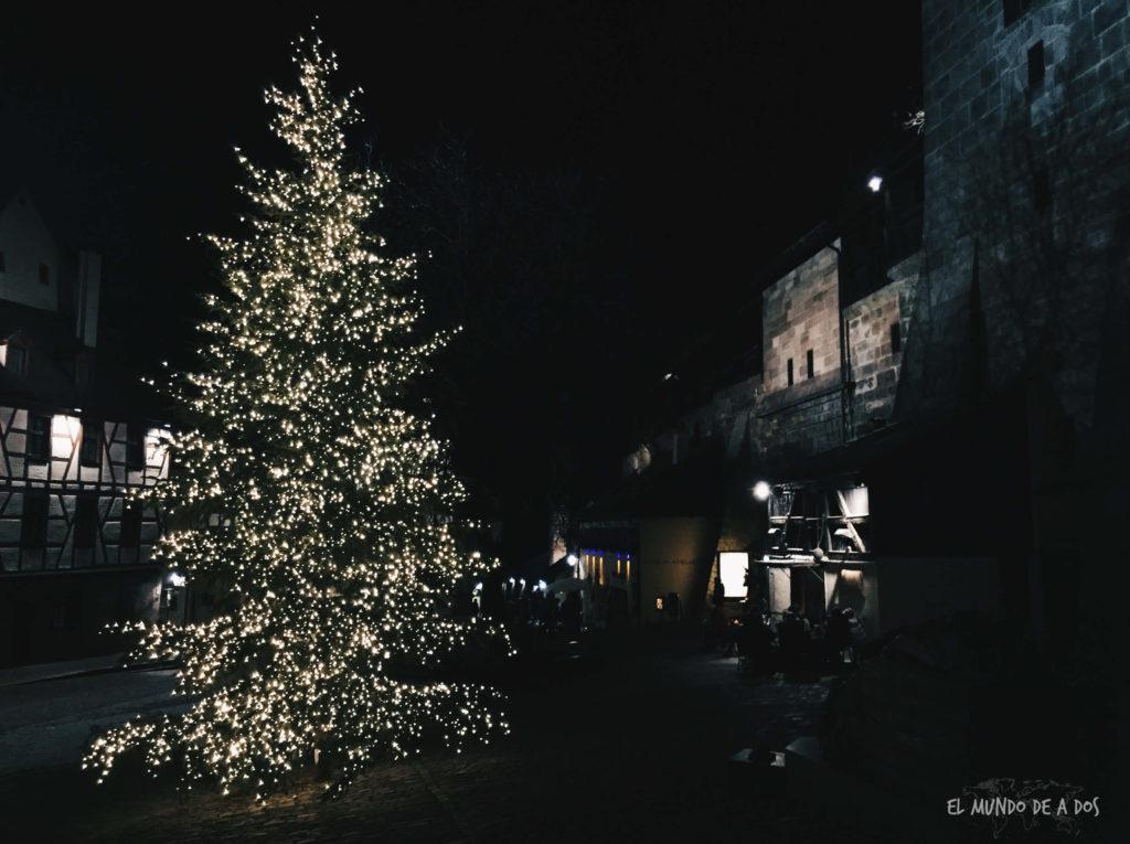 mercados de navidad en alemania. arbol de navidad