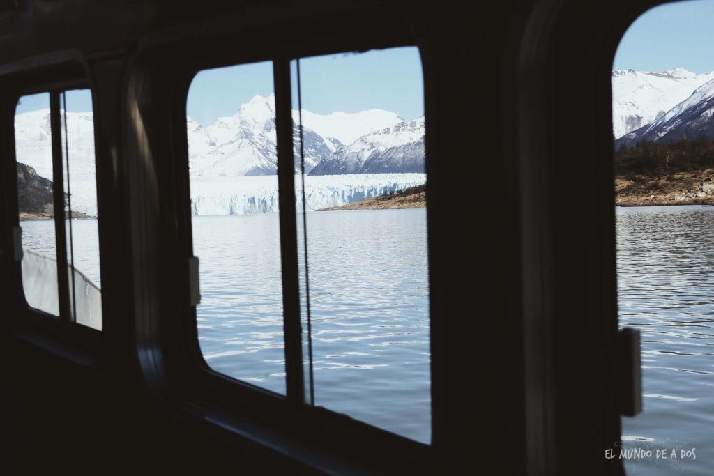 Navegando por el Lago Argentino. Viajar a El Calafate