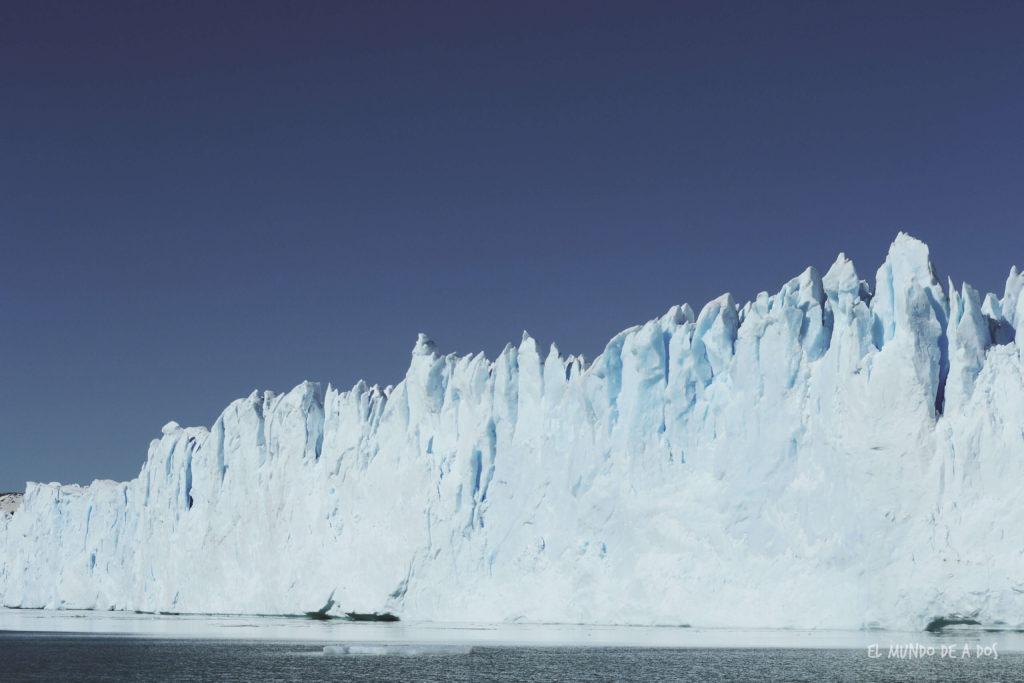 Glaciar Perito Moreno desde el barco. Viajar a El Calafate