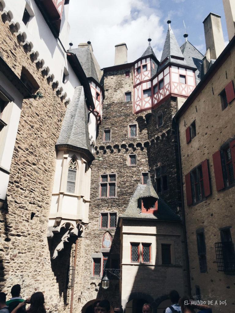 Castillo de Eltz interior