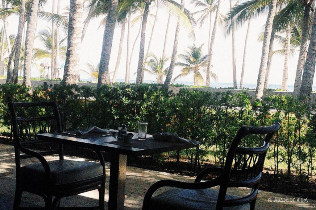 El comedor con vista al mar. Punta Cana en octubre.