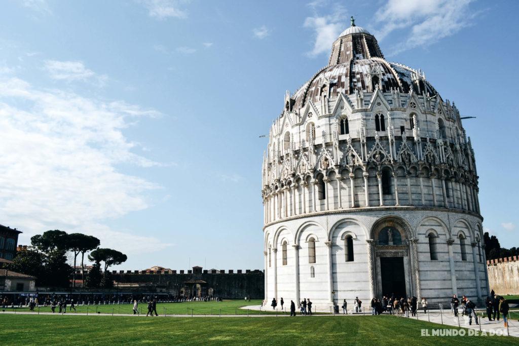 Baptisterio de Pisa. Plaza de los Milagros