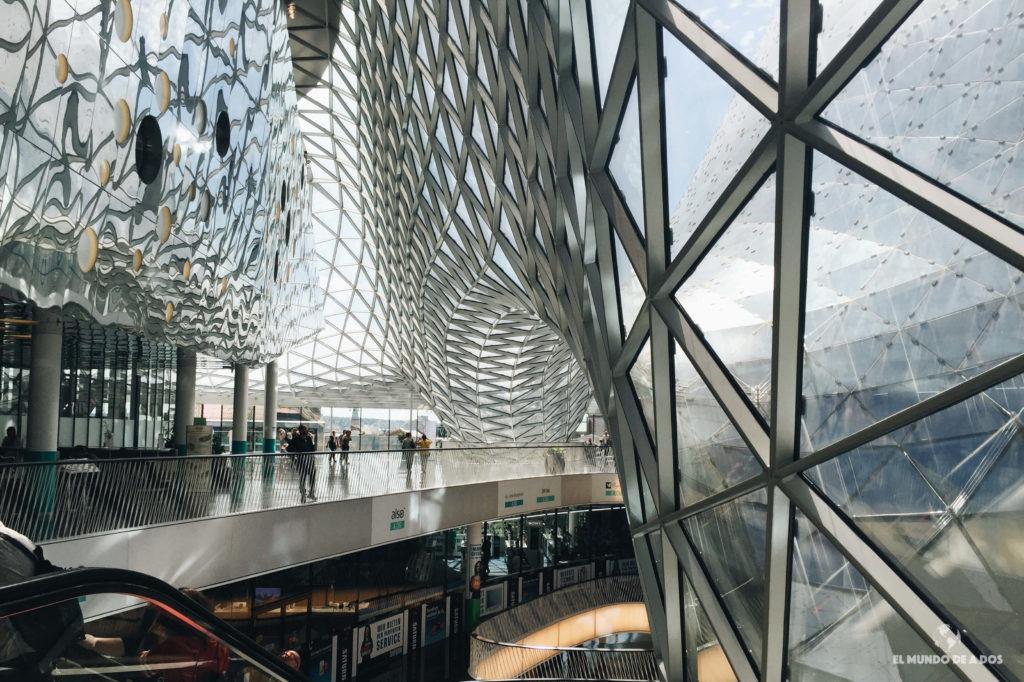 Shopping MyZeil desde adentro. Que ver en Frankfurt