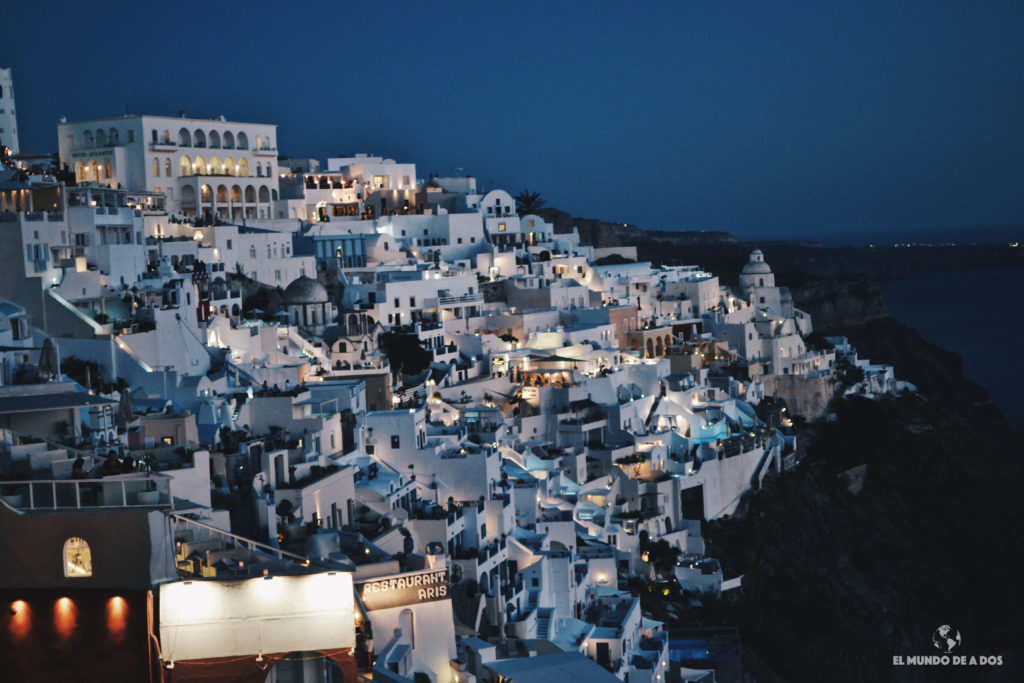 Santorini de noche. Que ver en Santorini en 3 días