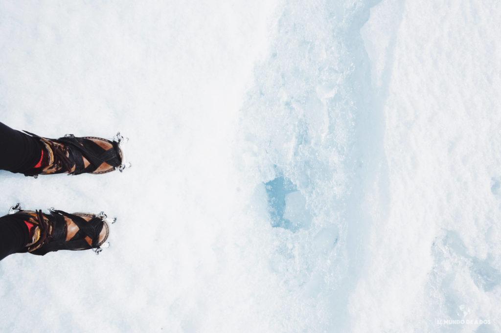 Crampones en el hielo. Minitrekking Perito Moreno