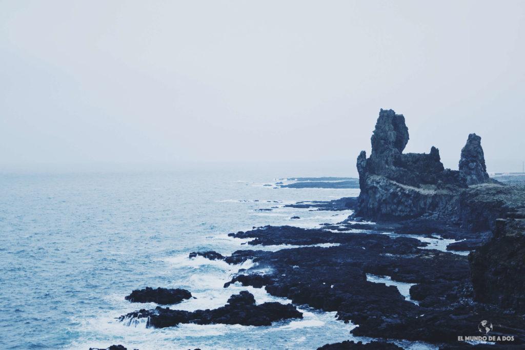 Lóndrangar. Ruta por Islandia en 10 días