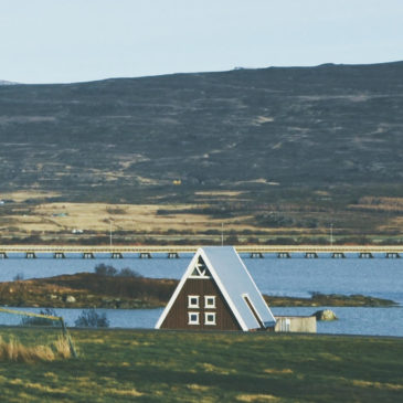 Alojamiento en Islandia. Opciones, precios y consejos para que dormir no sea un dolor de cabeza.