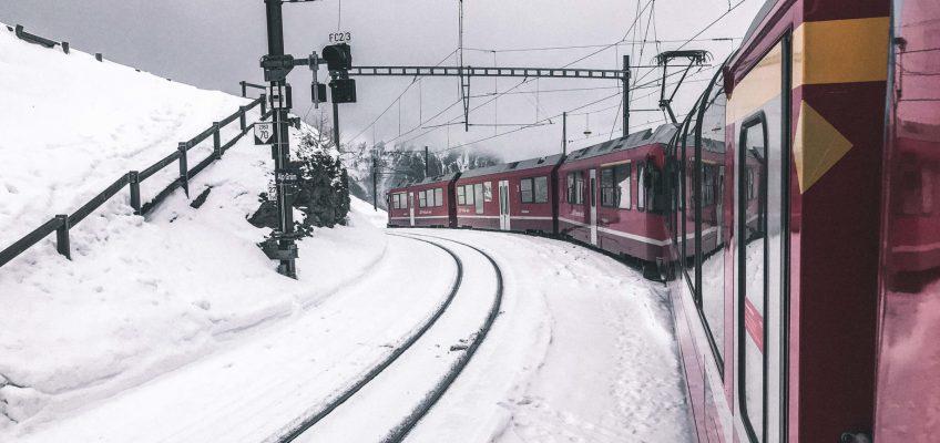 En tren por Suiza. Viajar en tren por Europa.