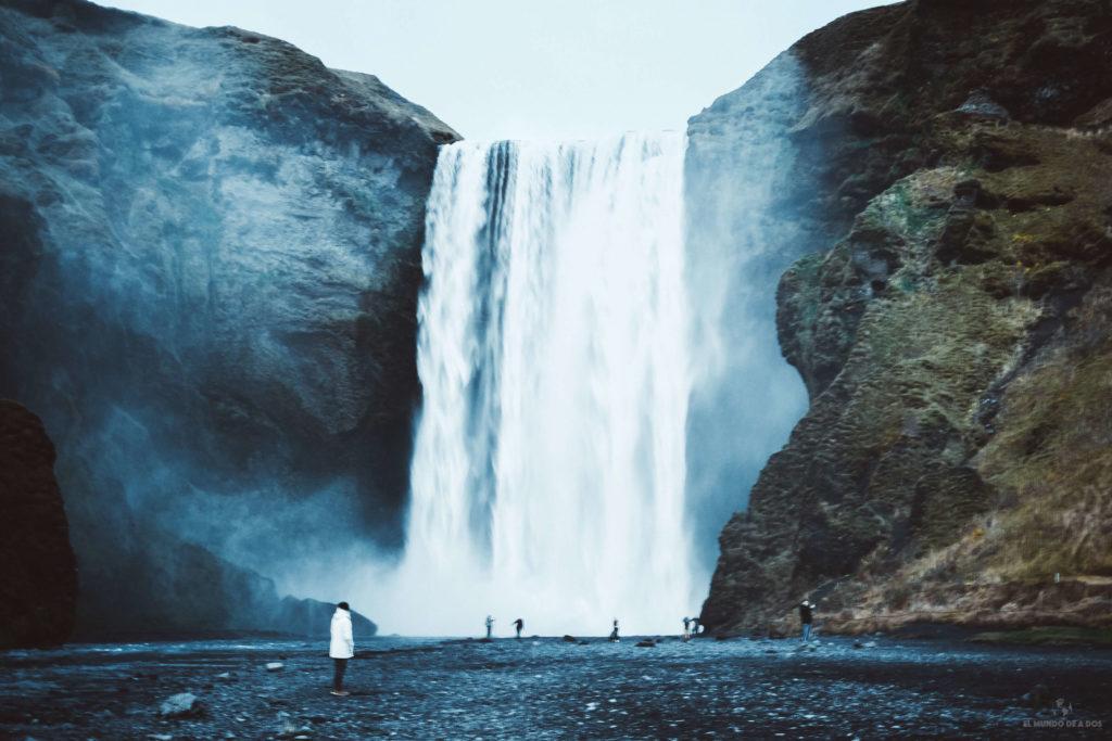 Las cascadas impresionantes. Guía para viajar a Islandia
