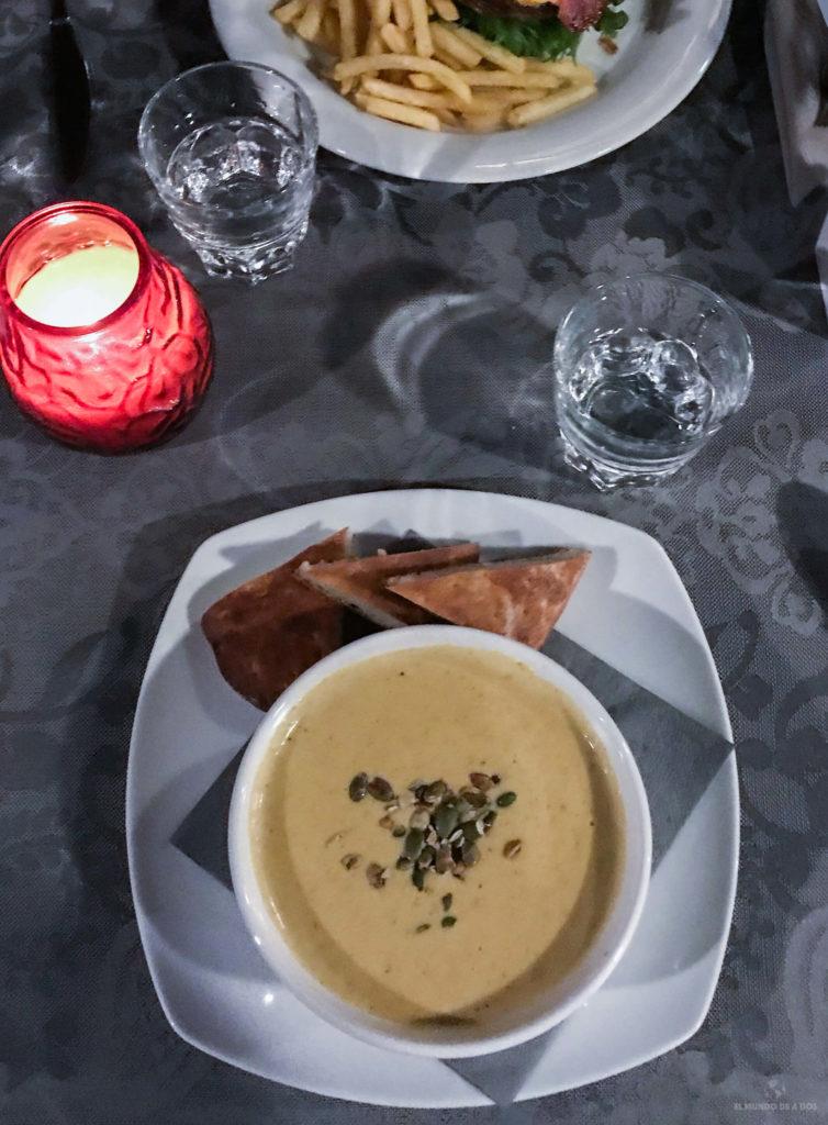 Comida típica Laponia. Viajar a Laponia en invierno