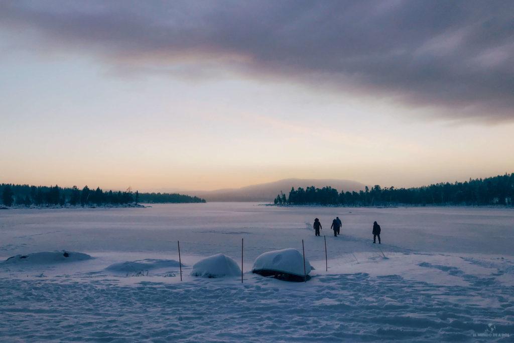 Lago Inarijärvi. Que ver en Laponia en invierno