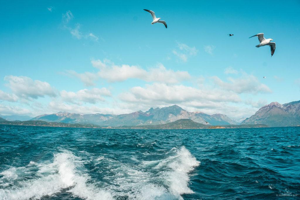 Navegación por el Nahuel Huapi. Bariloche en verano.